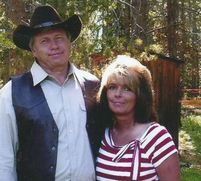 Larry and Julie Keyes of Bridger Institute Hunting and Survival Training School